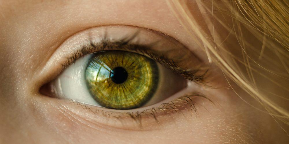La importancia del mantenimiento de las lentes de contacto